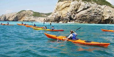 9 Must-Have Kayak Essentials and Kayaking Accessories